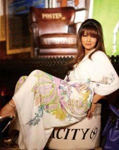 Superhot and Sizzling photoshoot of Gauri Khan for Magazine
