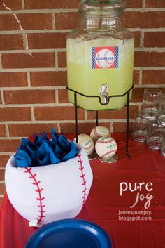 Baseball #kid #Birthday party idea!