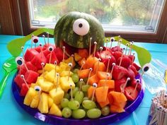 "alarm"" fruit plate ""- also perfect for children's birthday parties! - Kindergeburtstag -""Monster's alarm"" fruit plate ""- also perfect for children's birthday parties! Little Monster Birthday, Monster 1st Birthdays, Monster Birthday Parties, 1st Boy Birthday, 2nd Birthday Parties, Birthday Ideas, Fruit Birthday, Diy Monster Birthday Decorations, 1st Birthday Party Ideas For Boys"