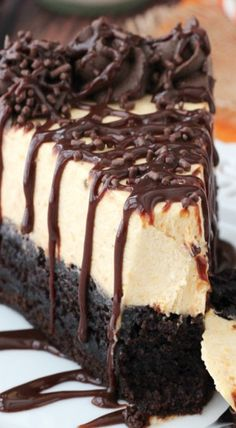 Pumpkin Chocolate Brownie Cheesecake #delicious #recipe #cake #desserts #dessertrecipes #yummy #delicious #food #sweet