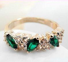 JZ067 2015 new fashion Austrian crystal retro feel sweet imitation emerald ring flash diamond female Jewelry Wholesale - V-Shop