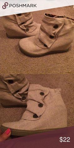 Blowfish hemp shoes with hidden wedge Tan hemp blowfish hidden wedge shoe. Blowfish Shoes Ankle Boots & Booties