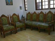 sofá colonial antigo (5 lugares)
