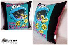 Housse de coussin . T-shirt Cookie Monster recyclé de la boutique Tikoutile sur Etsy