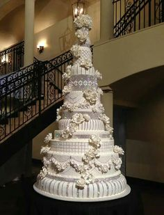 Frosted Art Bakery and Studio 800 for Dallas bride. Extravagant Wedding Cakes, Fancy Wedding Cakes, Exotic Wedding, Amazing Wedding Cakes, Fancy Cakes, Wedding Cake Toppers, Amazing Cakes, Pretty Cakes, Beautiful Cakes