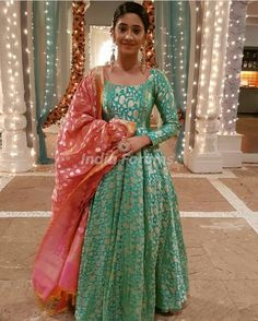 Designer anarkali dresses - Green Color Banarasi Gown with Heavy Banarasi Dupatta by www mongoosekart com Long Anarkali Gown, Long Gown Dress, Saree Dress, Anarkali Frock, Banarasi Lehenga, Anarkali Suits, Punjabi Suits, Dress Skirt, Indian Gowns Dresses