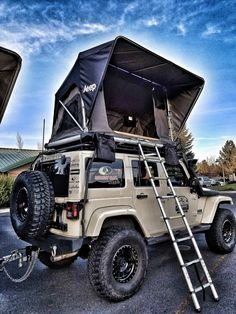 Jeep Roof Top Tent Whether it's a short or long adventure. Freespirit's line up of Jeep roof top tents keeps you high and dry for any camping or hunting trips. We pride ourselves on the quality and te feel free to go camping Jeep Camping, Camping Info, Jeep Wrangler Camping, Jeep Wrangler Interior, Outdoor Camping, Jeep Wrangler Accessories, Jeep Accessories, Camping Accessories, Jeep Jk