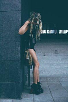 - black shorts - black tank - black booties