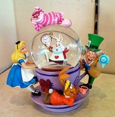 Super cool Alice in Wonderland Snowglobe
