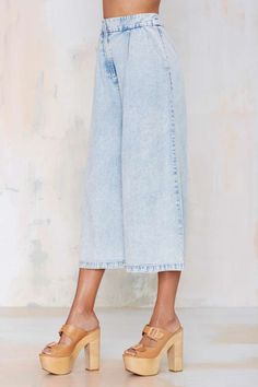 I want these Finders Keepers New Line Chambray Pants!