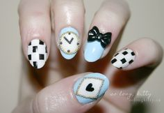 Alice in Wonderland nails for your big day!