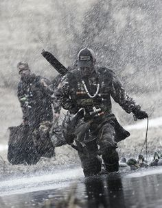 Through rain, snow, hail or sunshine... HUNT