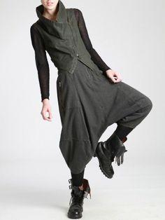 Cotton Mini-Vest with Lycra and Resin Alternative Mode, Alternative Fashion, Vetements Shoes, Bohemian Pants, Future Clothes, Future Fashion, Dark Fashion, Fashion Outfits, Womens Fashion