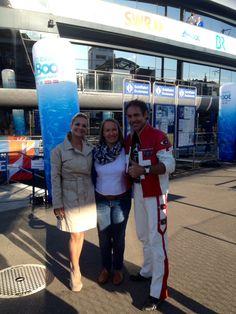 """Wir sind gerade in Romanshorn am Bodensee und gleich werde ich einen speziellen Seillauf in der TV-Sendung """"4 in einem Boot"""" durchführen, live im Fernsehen SWR. Bild: Freddy Nock mit Ximena und Susanne Zach vom SWR"""
