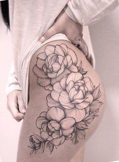 Floral tattoo on thighs by Valeriya Reyn - Flower Tattoo Designs - Tattoo Designs For Women Thigh Piece Tattoos, Flower Hip Tattoos, Floral Thigh Tattoos, Flower Tattoo Drawings, Pieces Tattoo, Beautiful Flower Tattoos, Tattoo Thigh, Thigh Tattoo Flowers, Side Leg Tattoo