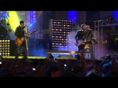 Linkin Park - Iridescent live at MTV EMA Madrid, 2010 HD