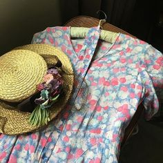 WEBSTA @ henhousehomemade - Shopping for next season Vintage Shabby Chic, Vintage Girls, Cute Cottage, Granny Chic, Types Of Fashion Styles, Vintage Furniture, Color Combinations, Pink Blue, Printing On Fabric