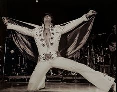 Famous Pose of Elvis