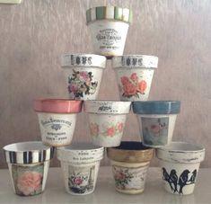 Macetas Pintadas Y Decoradas Más Flower Pot Crafts, Clay Pot Crafts, Diy Clay, Diy And Crafts, Ceramic Pots, Terracotta Pots, Clay Pots, Painted Plant Pots, Painted Flower Pots