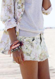 """Las pulseras de hilos de colores mezcladas ·Street Style"""""""
