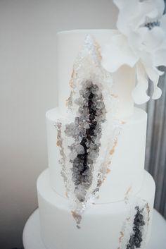 Crystal Agate Geode Silver Grey Winter Wedding Cake Inspiration