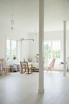 STUDIO By Fryd + Her Stylish Work Studio in NorwayY FRYD-4S by decor8, via Flickr