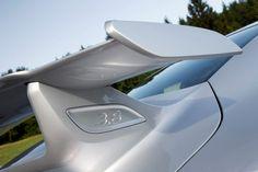 Car-Revs-Daily.com 2014 Porsche 911 GT3 is Race-Ready Street Car 5