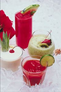 10 Non-Alcoholic Drinks for the Holidays!