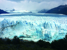 Ushuaia e o Glaciar Perito Moreno (nesta foto) são dois dos pontos turísticos mais emblemáticos da Argentina. É onde a terra acaba, o gelo começa e os sonhos se tornam realidade