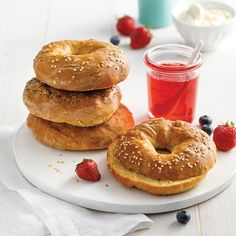 On fait nos bagels maison - 5 ingredients 15 minutes Bagels, Dessert Sauces, Scones, Cooking Time, Breakfast Recipes, Gluten Free, Homemade, Croissants, Simple