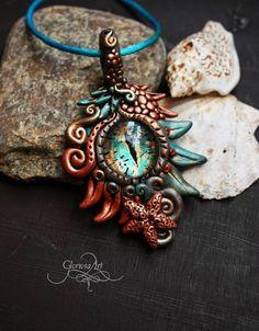 Sea dragon eye