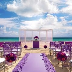 Ways to shop for a destination wedding location with the help of experts. Photo: Love At First Site/Palace Resorts