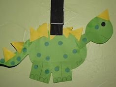 Frogs to Fairy Dust Childcare: Shape-o-saurus - Preschool Dinosaur Craft - Marble Crafting Inc. Preschool Arts And Crafts, Preschool Projects, Daycare Crafts, Bee Crafts, Classroom Crafts, Toddler Crafts, Class Projects, Classroom Ideas, Art Projects