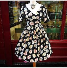 """33 tykkäystä, 1 kommenttia - Retro Shop Dublin (@retroshopdublin) Instagramissa: """"Dress of the day is teatotally gorgeous! Well...we think any new year resolutions should start a…"""""""