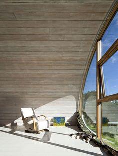 Hawthbush extension by Mole Architects