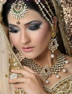 Indian-Fahion-Jewellery-Designer-2014-Cute-Collection-Of-Bridal-Jewellery-Designs-5.jpg (602×789)