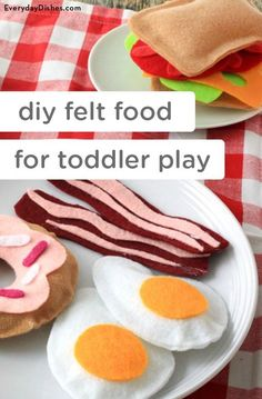 This adorable and soft DIY felt food can make for fun kid-friendly activities and great imaginative toddler play! Your child may love to play pretend that she is a chef in the kitchen with these DIY toys!
