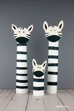 Paper Roll Zebra Craft For Kids - Recycled ZOO Animal Craft - - If you like paper roll ZOO animals, try this easy paper roll zebra craft. It's great for preschoolers, kindergartners and older kids. Zebra Craft, Giraffe Crafts, Ocean Animal Crafts, Bear Crafts, Animal Crafts For Kids, Paper Crafts For Kids, Preschool Crafts, Art For Kids, Craft Kids