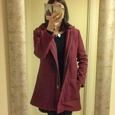 """Tina Harvey on Instagram: """"I made a coat!!!!! I've wanted to make the @grainlinestudio Cascade Duffle coat for ages and finally did it. It really wasn't that hard.…"""" Duffle Coat, Blazer, How To Make, Jackets, Instagram, Women, Fashion, Down Jackets, Moda"""