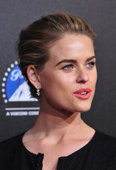 Alice Eve Photos Photos - Actress Alice Eve arrives at the 2nd Annual Rebels With A Cause Gala at Paramount Studios on March 20, 2014 in Hollywood, California. - Arrivals at the Rebels with a Cause Gala