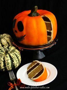 Halloween Dessert Ideas - Pumpkin Cake