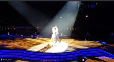Jay e @AlionaVilani na turnê do Strictly em Sheffield, na Inglaterra. (via @marc_jowett)