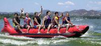 Island Hopper Red Shark Banana Boat Tube/Towable; 6-Person Capacity (Commercial)