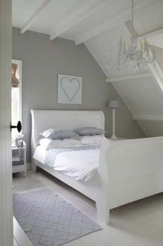 Natural wood bedroom cozy beige white grey diy home ideas Bedroom Design Trends, Bedroom Inspirations, Home Bedroom, Bedroom Interior, Bedroom Design, Dreamy Bedrooms, Beautiful Bedrooms, Interior Design, Home Decor