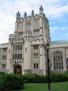 Frederick Ferris Thompson Memorial Library in Vassar College, USA