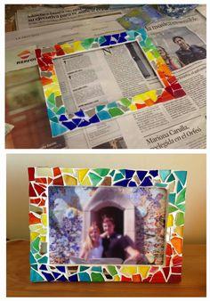 Resultado de imagen de collage gaudi Diy Craft Projects, Projects For Kids, Diy Crafts, Mirror Mosaic, Mosaic Art, Gaudi Mosaic, Collages, 2nd Grade Art, Antoni Gaudi