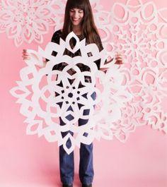 Giant_Snowflakes1_Blog