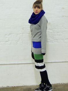 Crazy // London w/ O. D#4 1/2 #new #outfit on www.naloudesbois.com #skirt #tube #stripe #colourblock #sneakers #wedges #Nike