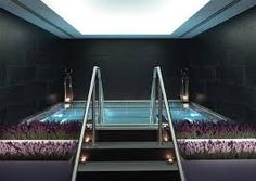 Treat yourself to one of the most unique spa therapies available in London. Discover the best spa treatments on offer in the capital here. Pool Spa, London Hotels, Spas In London, Best Spa London, Spa Luxe, Restaurant Hotel, Langham Hotel, Spa Breaks, Spa Hotel