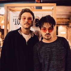Milky Chance, Chance 3, Gold Aesthetic, My Music, Music Artists, Cali, Musicians, Bb, Bands